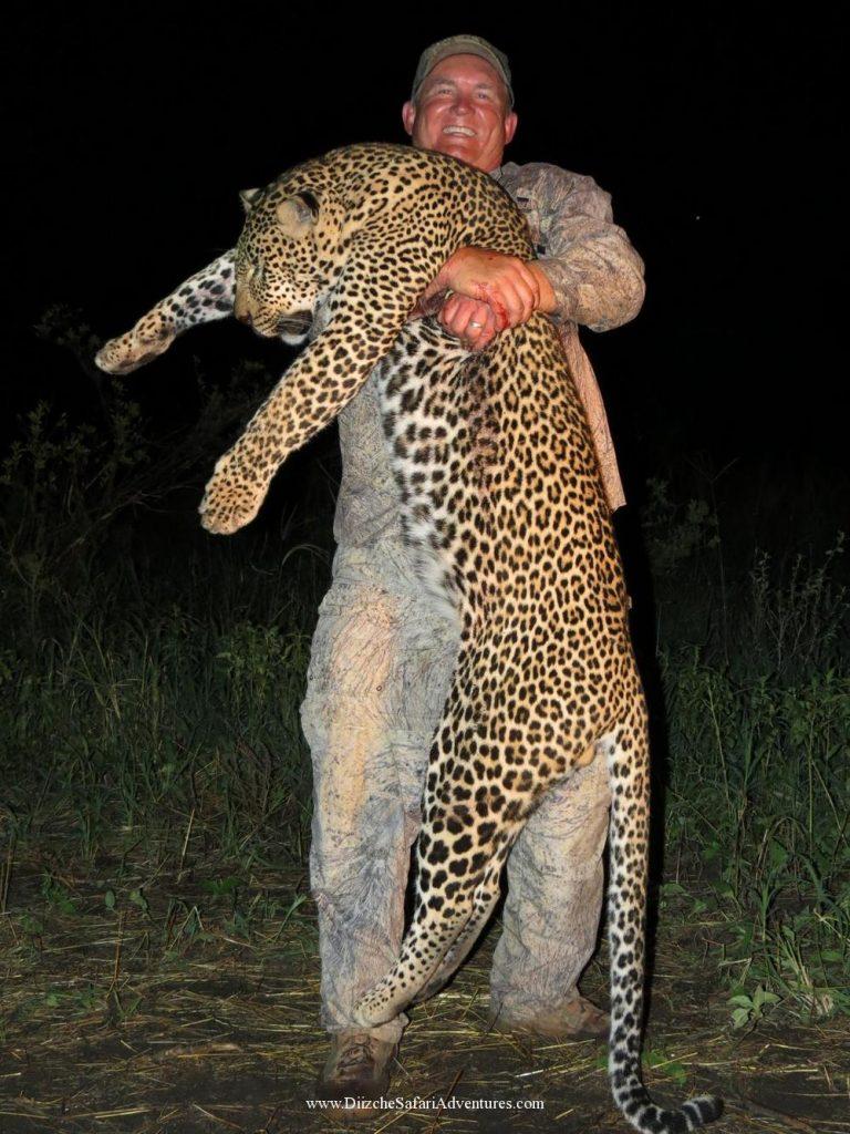 <font color=orange>TZ</font> TZ  Trophy hunting photos african dangerous game  hunting pictures dangerous game