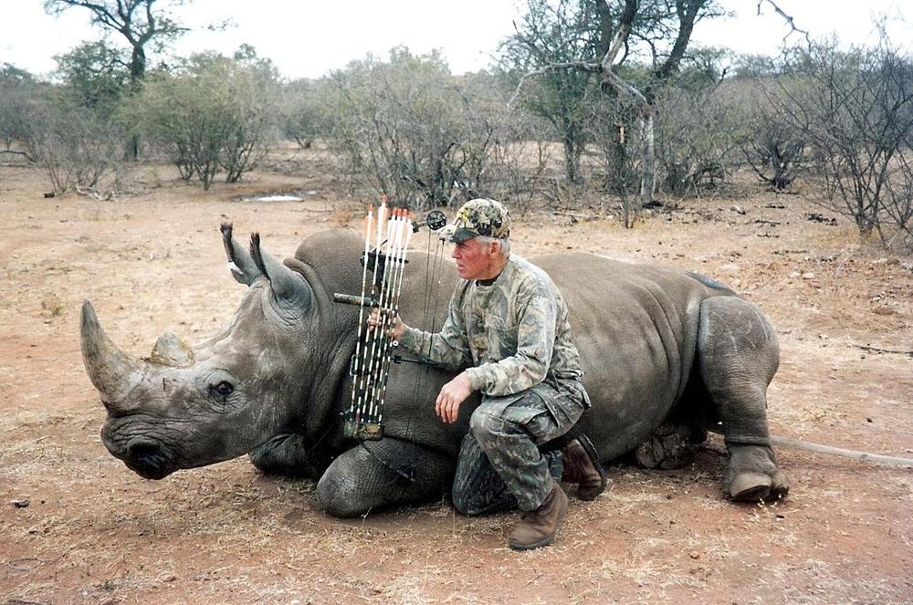 <font color=orange>White Rhino</font> White Rhino  Trophy hunting photos african dangerous game  hunting pictures dangerous game