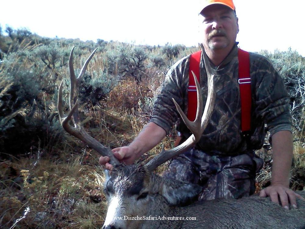 <font color=orange>Wyoming 2010</font> Wyoming 2010   trophy hunting photographs lower 48  trophy hunting pictures 48 contiguous states